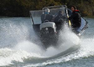 Les démonstrations publiques du hors-bord diesel Cox décollent à Seawork