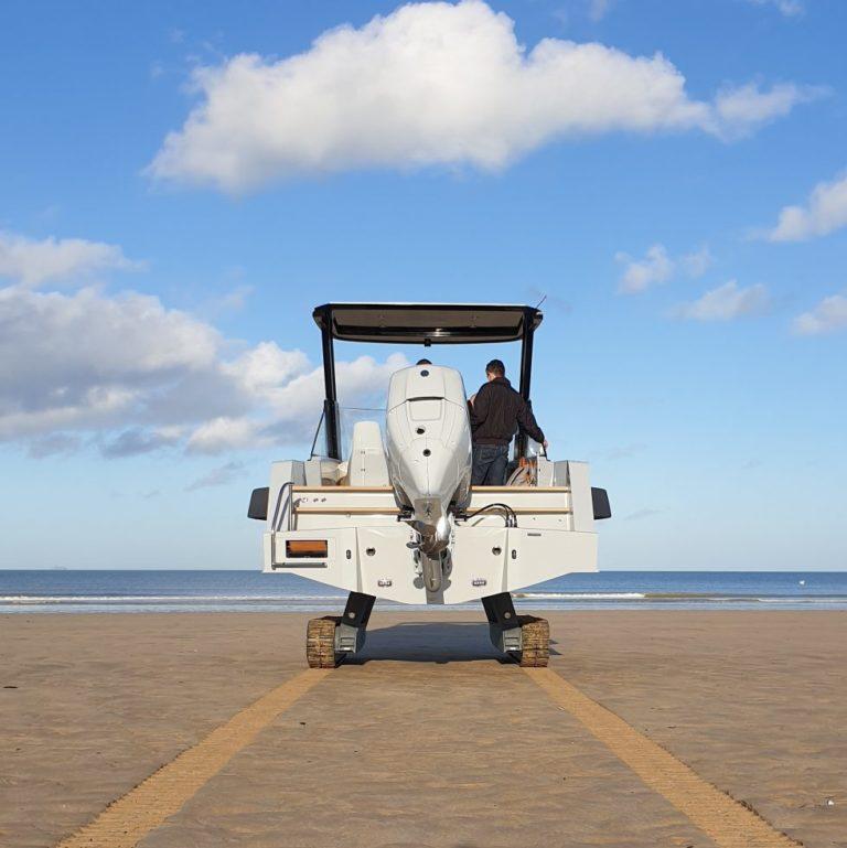 Read more about the article Il primo Tender per Iguana Yacht motorizzato con il fuoribordo diesel 300hp