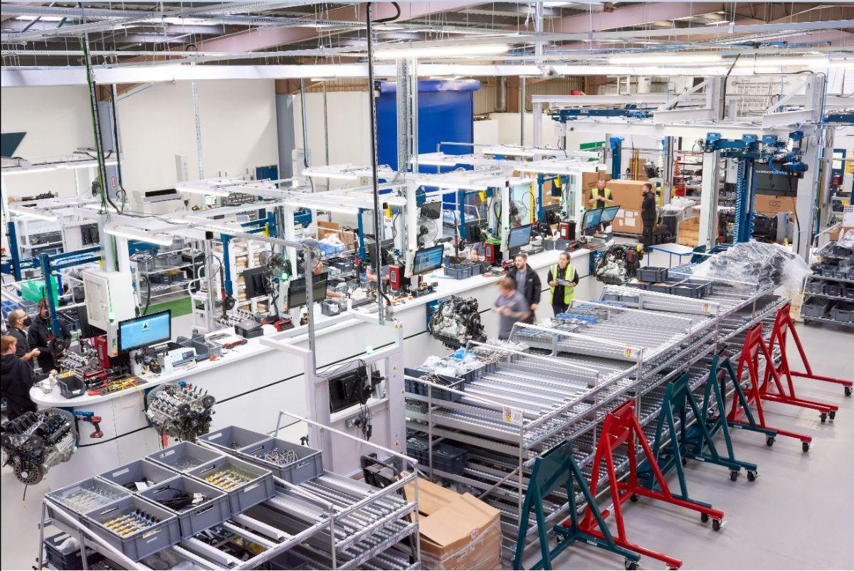 You are currently viewing Cox Powertrain raccoglie 12 milioni di sterline per l'aumento della produzione